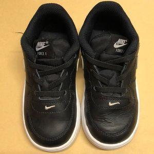 Toddler boy Nike Force 1